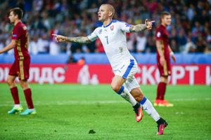 Vladimír Weiss v klube nehráva, v reprezentácii je nenahraditeľný.