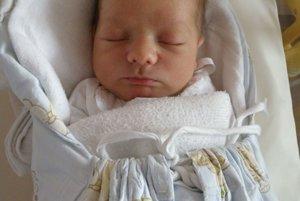 Najkrajším zážitkom pre Adrianu Opatovú a Martina Eglyho z Novej Dubnice bolo 4. júla narodenie syna Mateja (3150 g a 51 cm).