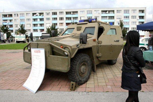 Obrnený voz Aligátor sa predvedie v Zemianskych Kostoľanoch.