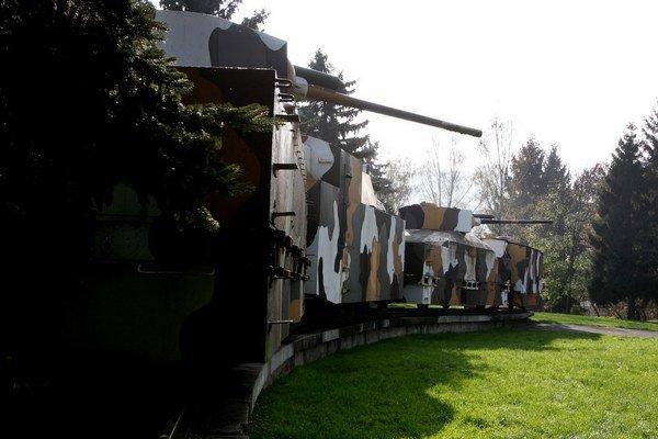 Replika pancierového vlaku Hurban je vo Zvolene.