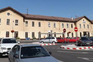 O obnove železničnej stanice sa hovorí už roky.