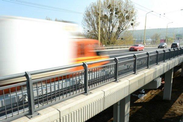 Most dajú počas prázdnin do poriadku.
