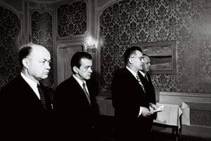Minister kultúry SSR Miroslav Válek s predsedom vlády SSR Petrom Colotkom 6. marca 1973.