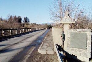Petranský most v Liptovskom Hrádku postavili v roku 1941 pracovné jednotky v rámci Hilterových plánov.