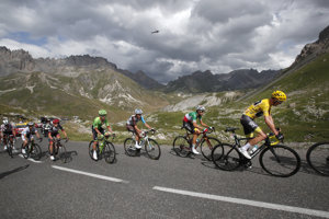 Víťazom 17. etapy sa stal Primož Roglič.