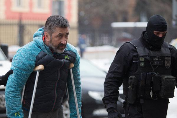 Údajný boss takáčovcov Ľubomír Kudlička sa dostal na slobodu.