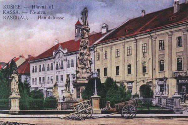 Pohľad na Hlavnú ulicu s Immaculatou.