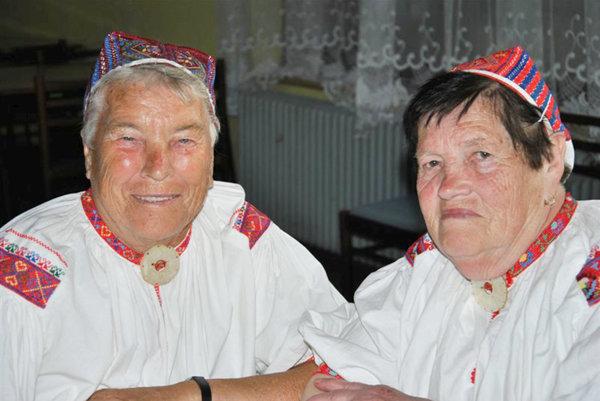 Pavlína Abíková (zľava) aKarolína Kopúniková.