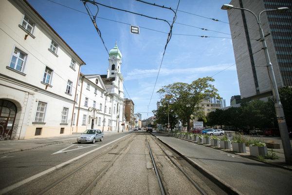 Rekonštrukcia električkovej trate na Špitálskej ulici.