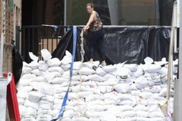 Austrálčania sa obávajú záplav vyvolaných vysokými horúčavami.