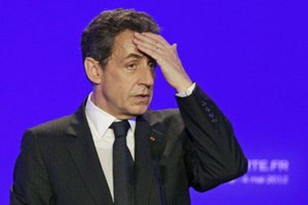 Po prehre vo voľbách stratil Sarkozy imunitu.
