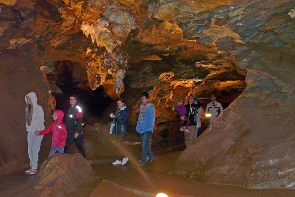 Ochtinská aragonitová jaskyňa. Je európsky unikát.