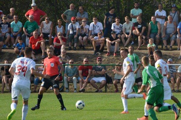 Foto z pohárového zápasu Jacovce - Trnava.