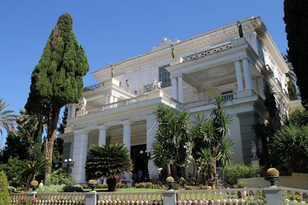 Cisársky palác Achilleion.