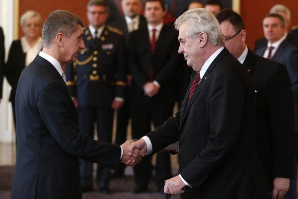 Prezident Miloš Zeman vlani vyhlásil, že by Babiša vymenoval za premiéra, aj keby ho stíhala polícia.