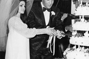 Svadobná fotografia s Priscillou v roku 1967.