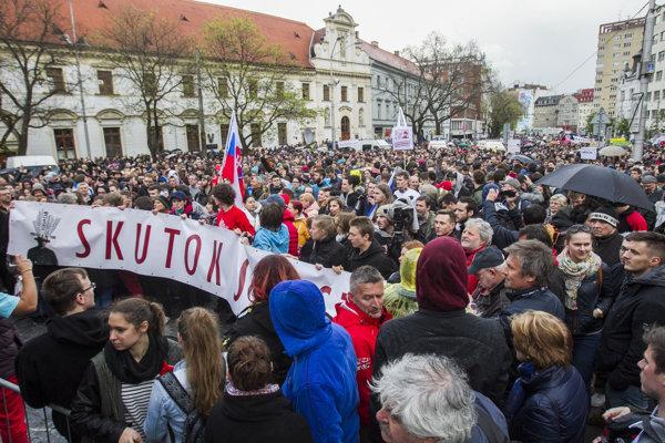 Študenti ohlásili tretí protikorupčný pochod.
