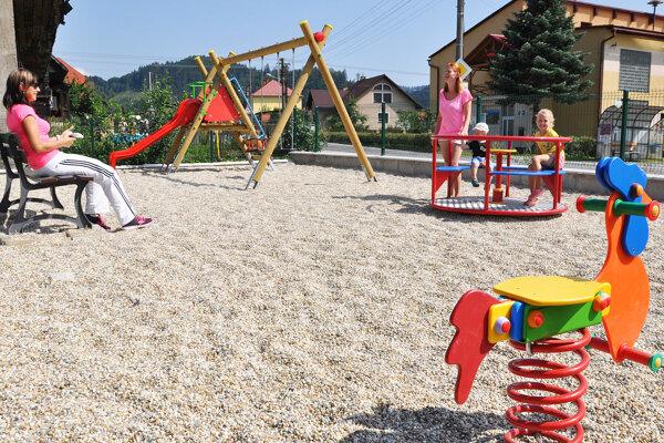 Nové detské ihrisko vHornej Lehote.