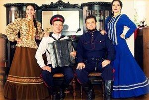 Sólisti zo súboru Donskí kozáci.