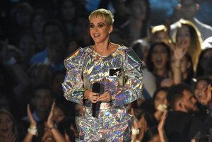 Katy Perry moderovala odovzdávanie cien tento rok.