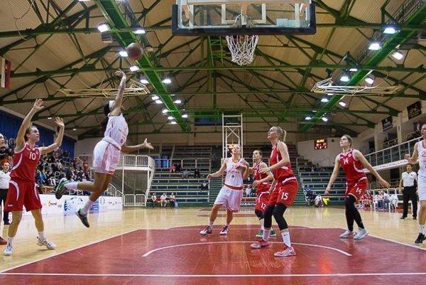 Ružomberská Koniareň ožije basketbalom už opár dní. Mladší tím si brúsi zuby na najvyššie priečky.