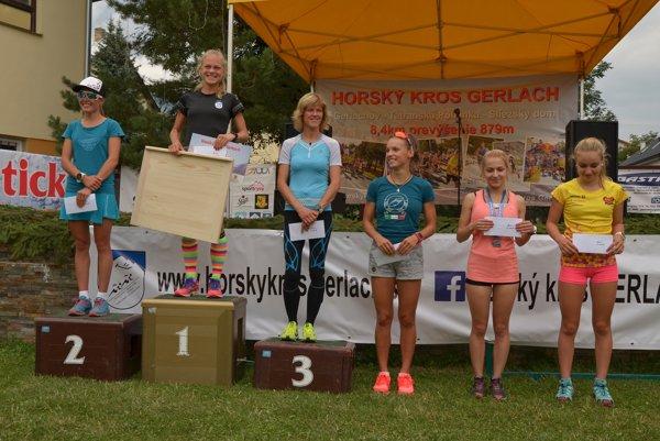 Najrýchlejšie ženy, na najvyššom stupni Soňa Vnenčáková.