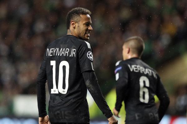 Neymar svojou reakciou pobúril fanúšikov.