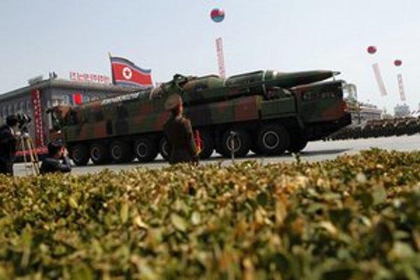 Severokórejská vojenská prehliadka.