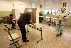 Vo volebnom obvode Šaľa si zvolíme štyroch poslancov.