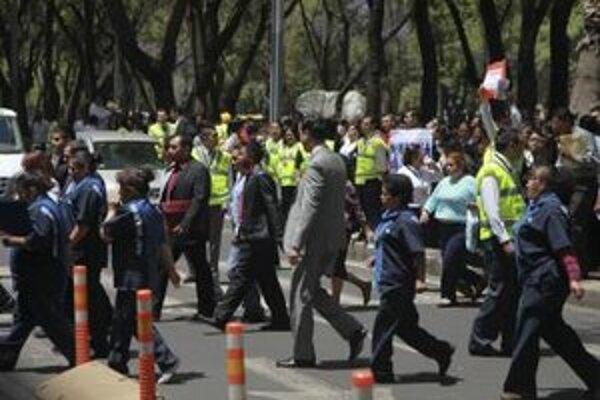 Evakuácia obyvateľstva po zemetrasení.