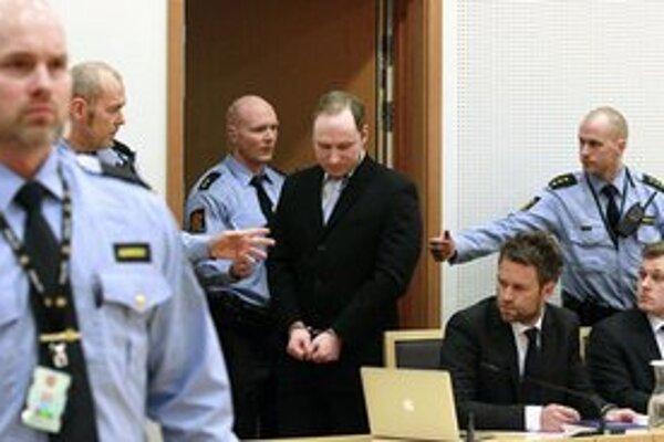 Súdny proces sa začne 16. apríla.