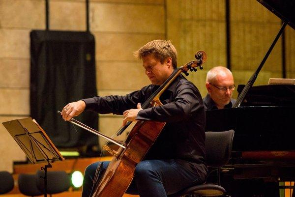 Jozef Lupták na minuloročnom koncerte pre Mariána Vargu.
