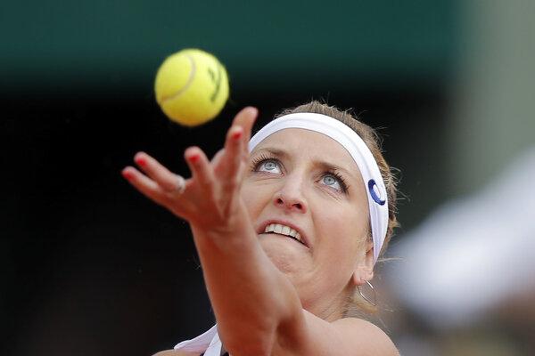 Švajčiarka Timea Bacsinszká ukončila sezónu.