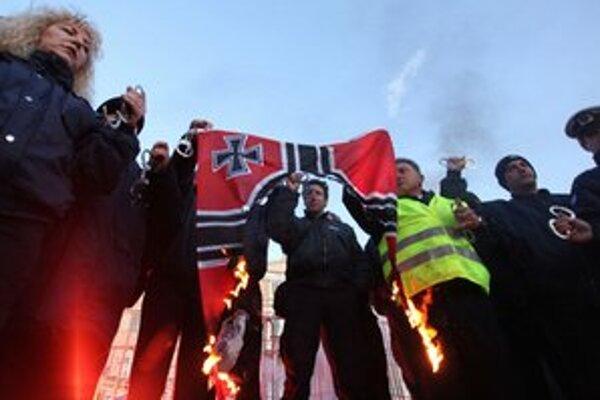 Demonštráciu chystajú aj odporcovia fašizmu.