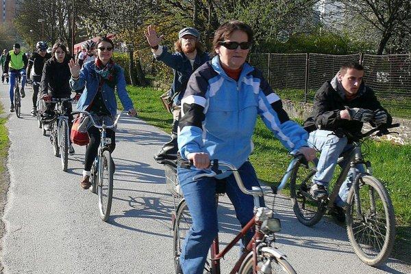 Podujatie nadväzuje na cyklojazdy, ktoré organizovalop v minulosti OZ Bystricykel.
