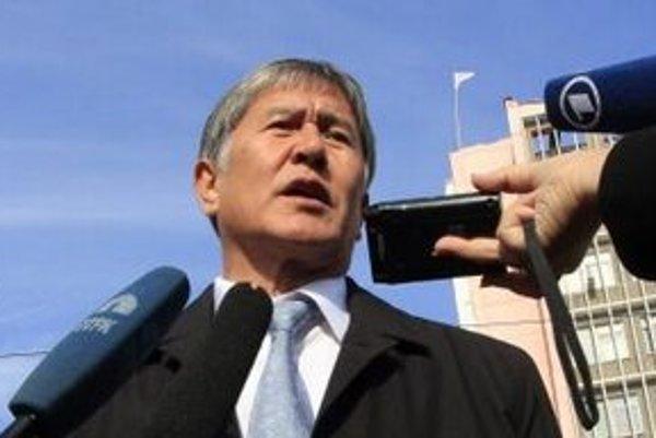 Almazbek Atambajev.