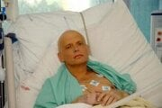 Bývalý ruský agent Alexander Litvinenko 20. novembra 2006 v londýnskej nemocnici University College Hospital.