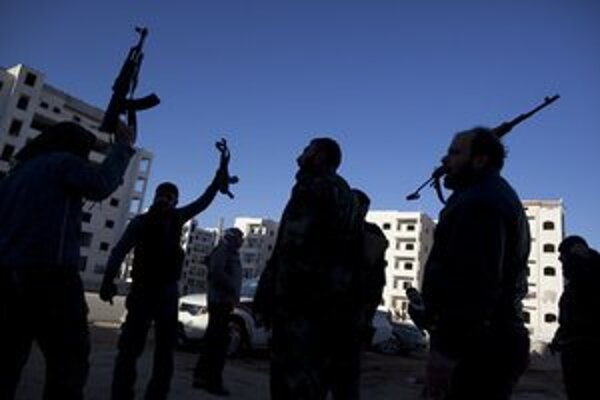 Povstalci v meste Idlib.
