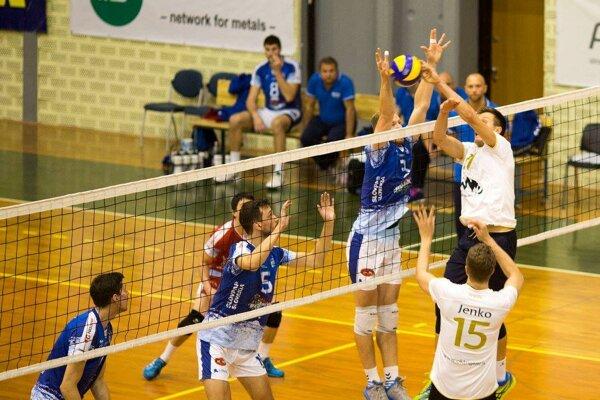 Zverenci Mareka Kardoša si v Kranji pripísali víťazstvo nad domácim tímom.