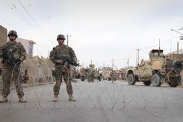 Medzi zranenými sú aj príslušníci medzinárodných jednotiek.