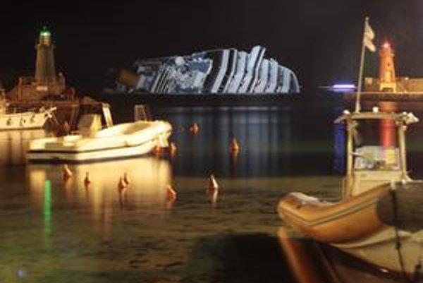 V piatok to bude týždeň odvtedy, čo sa potopila výletná loď s vyše 4000 ľuďmi na palube.