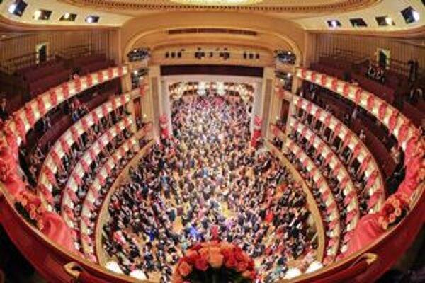 Ples vo viedenskej opere.