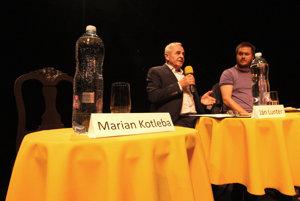 Marian Kotleba na diskusiu neprišiel.