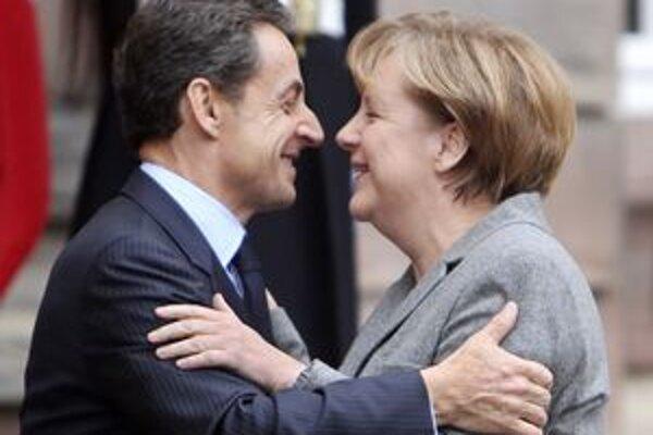 Takí odlišní a predsa najbližší spojenci - akčný francúzsky prezident a rozvážna nemecká kancelárka.