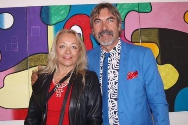 Daniel Bidelnica spolu s manželkou Máriou - výtvarníčkou a reštaurátorkou. Vo VÚŽV vystavoval v októbri pred 2 rokmi.