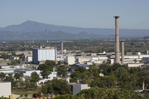 Prvá elektrina vyrobená jadrovou elektrárňou vo Francúzsku vyšla z Marcoule.