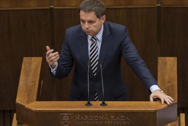 Minister financií SR Peter Kažimír.
