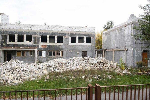 Neúspešný projekt. Budovu získalo KVP v roku 2009 od mesta, no ani po rokoch nie je projekt dokončený.