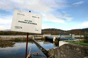 Elektráreň v Šalkovej sa stala mementom aj pre ďalšie dve plánované malé vodné elektrárne pri Bystrici - Iliaš a Vlkanovú.