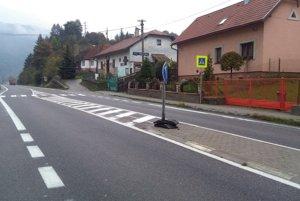 Zajtra zablokujú nespokojní ľudia priechod pre chodcov na hlavnej ceste v Rojkove.
